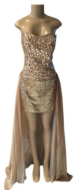 Item - Gold Gem and Sequin Bodycon Short Cocktail Dress Size 8 (M)