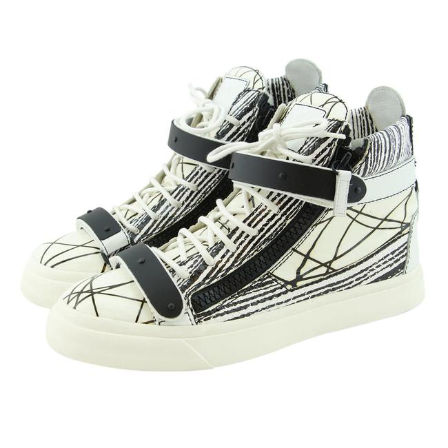 Giuseppe Zanotti White New London Scribble Print High-top Dual Logo Strap Zip Sneakers Size EU 39 (Approx. US 9) Regular (M, B) Giuseppe Zanotti White New London Scribble Print High-top Dual Logo Strap Zip Sneakers Size EU 39 (Approx. US 9) Regular (M, B) Image 1