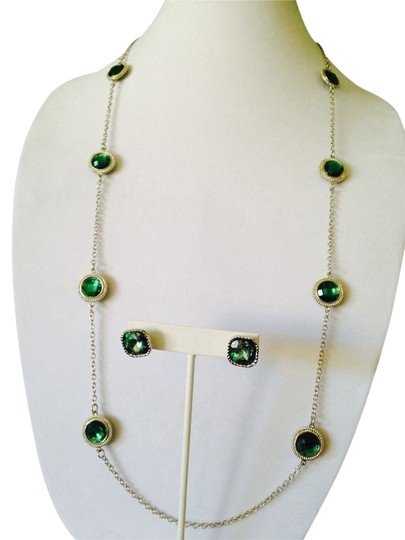 Other Embellished by Leecia NWOT, 2 Piece Set Faceted Green Crystal & Silver Necklace & Earrings
