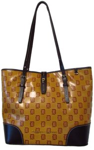 Dooney & Bourke Baseball Limited Edition Leather Casual Large Tote in Cognac