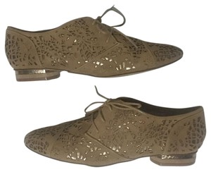 Truth or Dare by Madonna Tan & Gold Flats