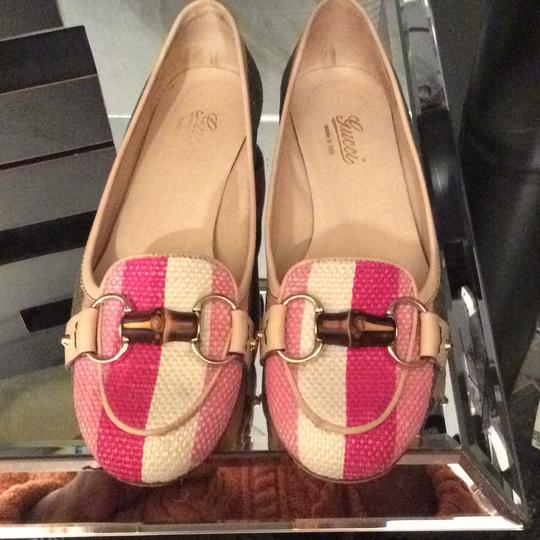 Gucci Loafers And Leather Sophisticated Buttercream Pink & Green Flats
