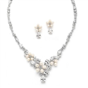 Silver/Rhodium Fwp Crystals Necklace Earrings Jewelry Set