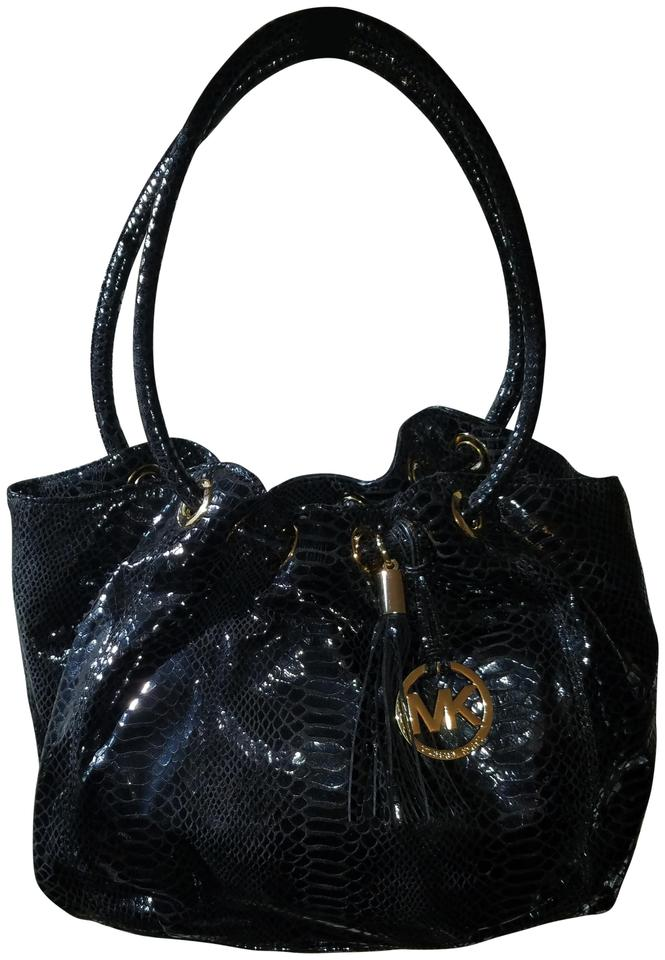 61b6ed3cc8add Michael Kors Snakeskin Black Embossed Leather Shoulder Bag - Tradesy