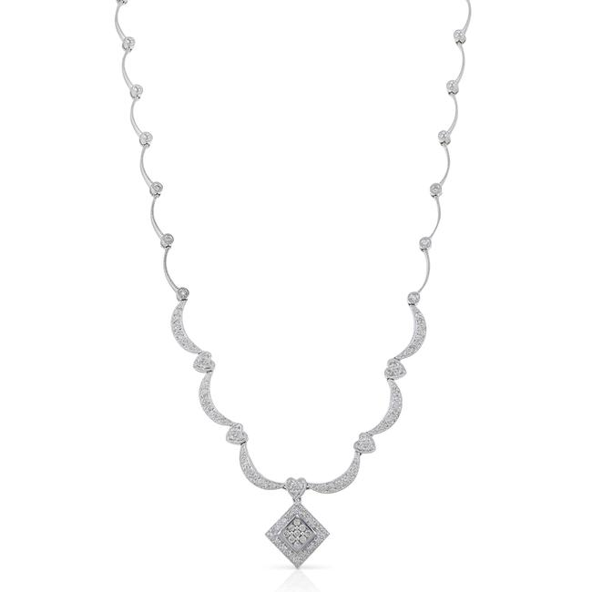 Item - White Gold Diamond For A Necklace