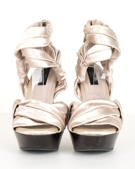 Burberry silver Pumps Image 1