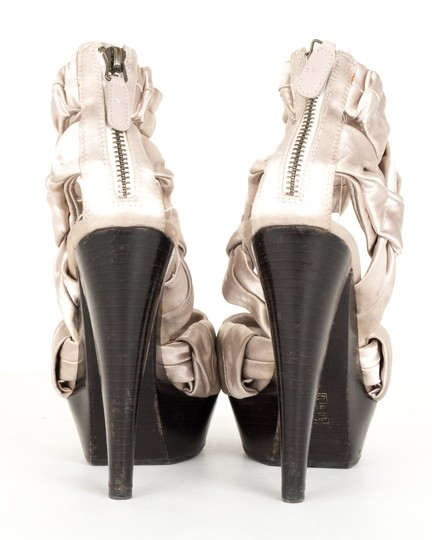 Burberry silver Pumps Image 3