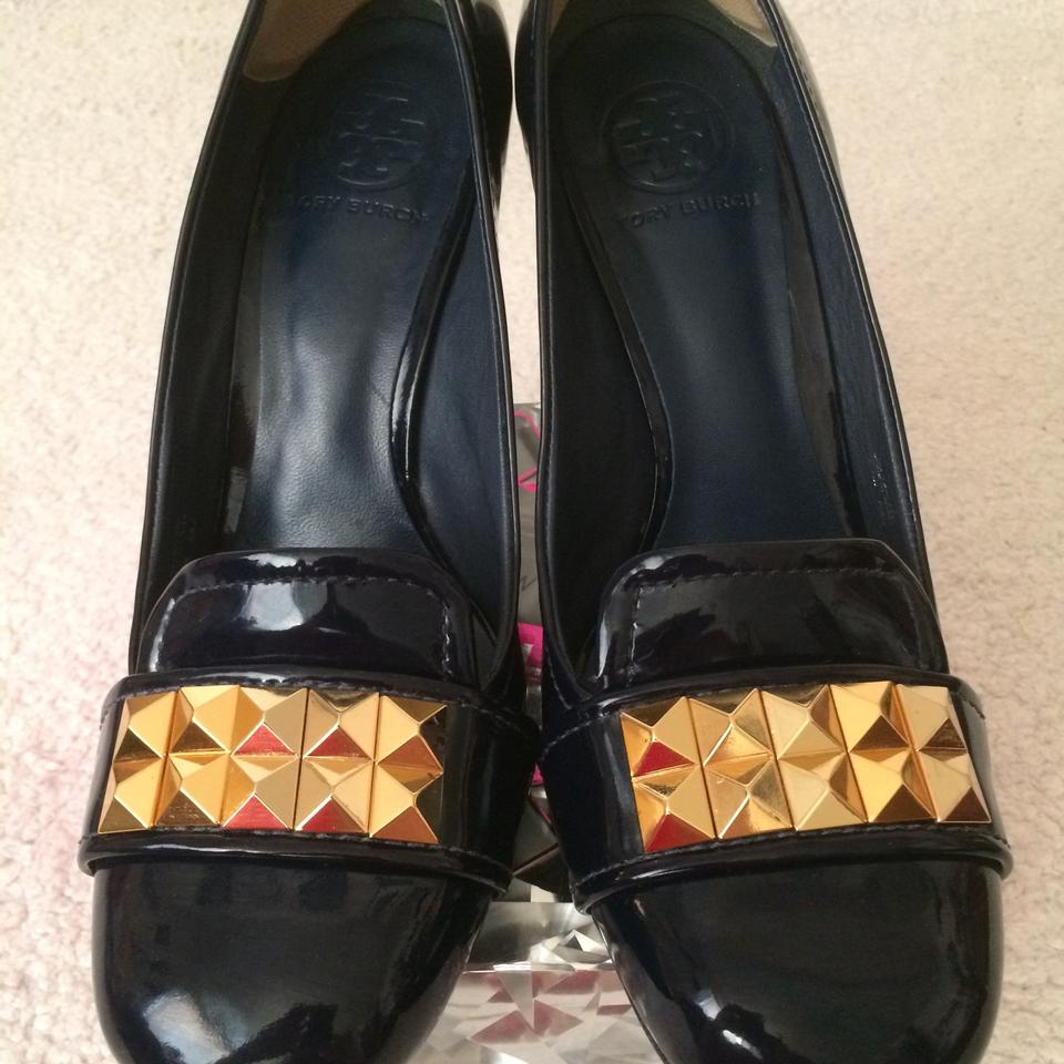 Tory Burch Dark Navy Sexy Patent Leather Gold Studs Sexy Navy Pumps 03680d