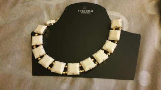 Topshop TopShop Ivory and Gold Necklace