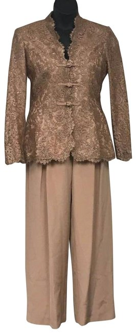 Item - Rose Gold Saks Fifth Avenue Lace and Set Pant Suit Size 8 (M)