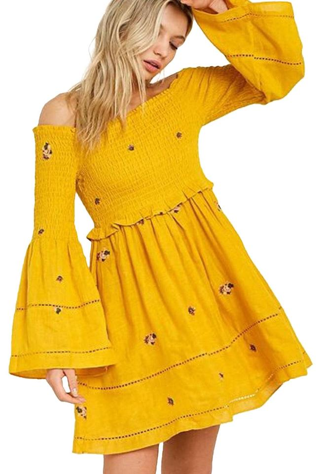 d7f1b7d381e9c Free People Yellow Counting Daisies Embroidered Off-the-shoulder ...