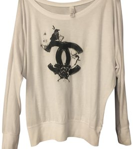 Bella Chanel Sweatshirt Sweater