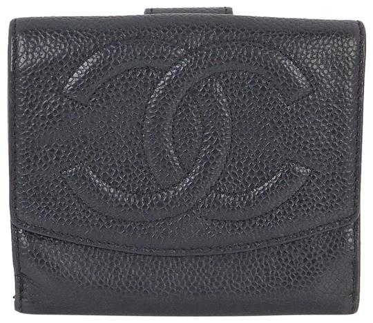 Preload https://item1.tradesy.com/images/chanel-black-cc-logos-caviar-leather-bifold-wallet-2315585-0-5.jpg?width=440&height=440