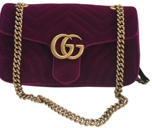 90eeceada9d9 Added to Shopping Bag. Gucci Shoulder Bag. Gucci Marmont Rubin/Fuchsia Pink  Velvet ...
