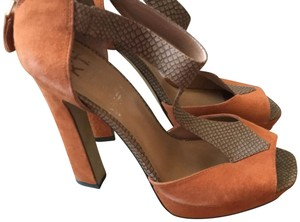 MRKT Suede Strappy Sandal Tan and rust Pumps