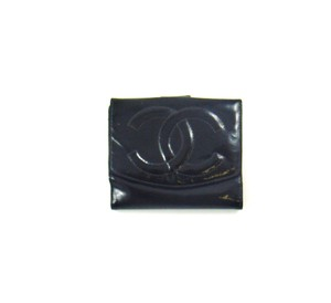 Chanel Enamel Calf Leather Bifold Compact Clutch Snap Wallet Italy