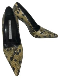 Diego Dolcini Olive Green Pumps