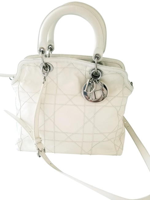 Item - Granville Cannage Ivory Lambskin Leather Tote