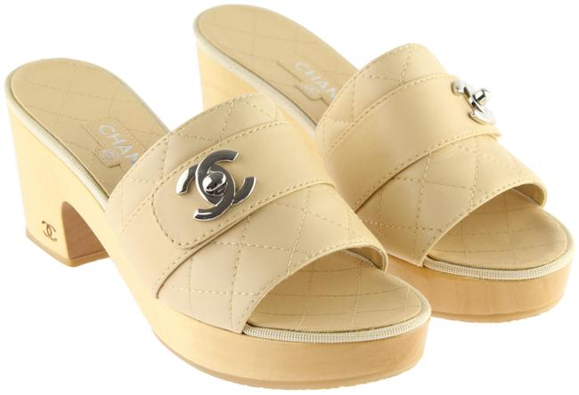 Item - Beige Quilted Leather Logo Mules/Slides Size EU 37 (Approx. US 7) Regular (M, B)