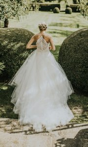 Monique Lhuillier White Over Light Nude Tulle and Lace L'amour Overskirt Feminine Wedding Dress Size 4 (S)