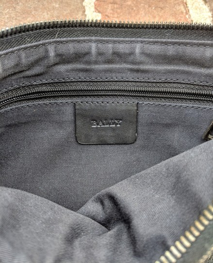 Bally Canvas Vintage Shoulder Bag Image 4