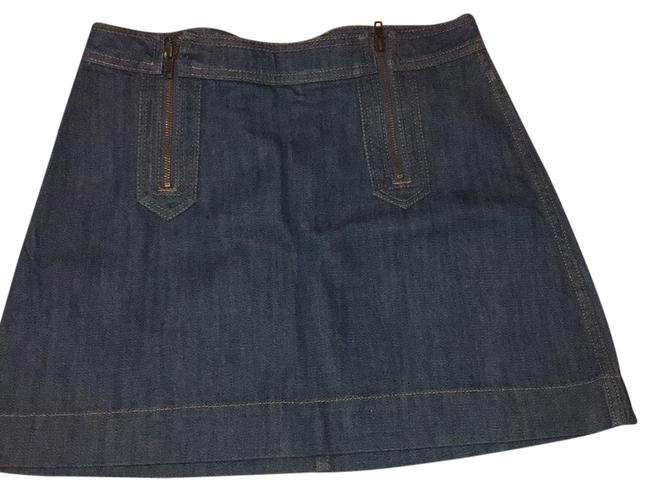 Preload https://img-static.tradesy.com/item/23165117/h-and-m-blue-denim-skirt-size-8-m-29-30-0-1-650-650.jpg