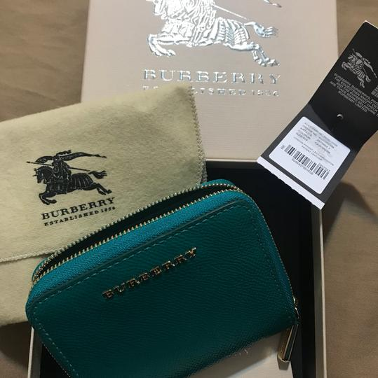 Burberry NEW Compact wallet Image 6
