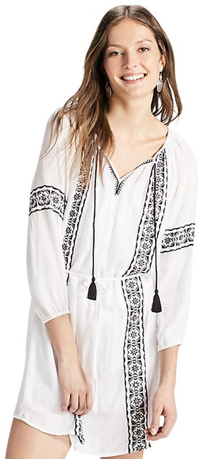 Preload https://img-static.tradesy.com/item/23165598/lucky-brand-white-embroidered-peasant-short-casual-dress-size-4-s-0-1-650-650.jpg