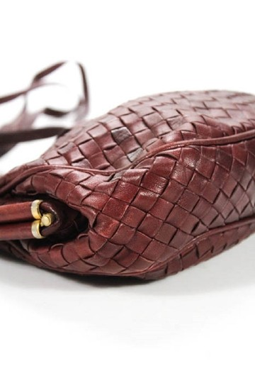 Bottega Veneta Rare Hinged Top Mint Vintage Hard Boxy Oval Intrecciato Style Satchel in woven ox blood burgundy leather Image 10