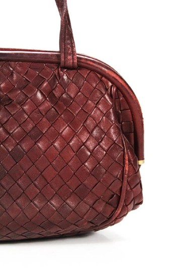 Bottega Veneta Rare Hinged Top Mint Vintage Hard Boxy Oval Intrecciato Style Satchel in woven ox blood burgundy leather Image 3