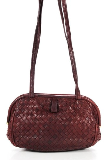 Bottega Veneta Rare Hinged Top Mint Vintage Hard Boxy Oval Intrecciato Style Satchel in woven ox blood burgundy leather Image 4