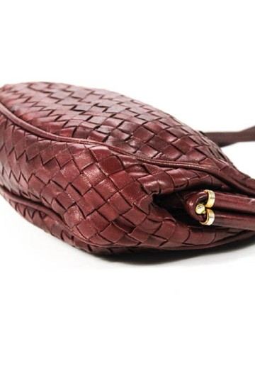 Bottega Veneta Rare Hinged Top Mint Vintage Hard Boxy Oval Intrecciato Style Satchel in woven ox blood burgundy leather Image 6