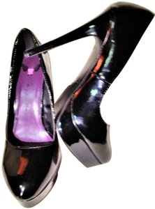 Penny Loves Kenny Classic Black Patent Leather Pumps