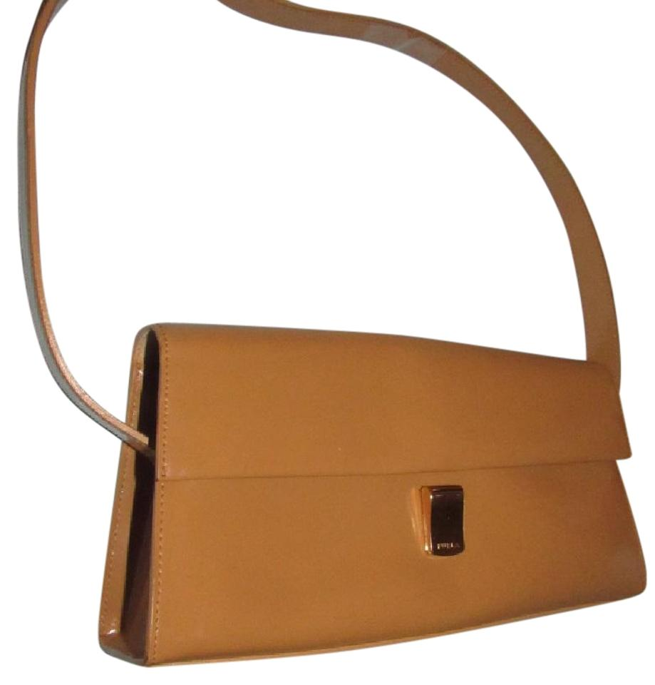 furla great everyday mint vintage dressy or casual or tan color early style shoulder bag - Camel Color