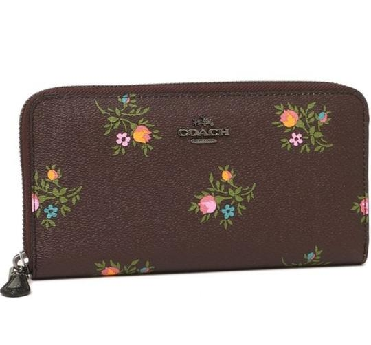 Coach Coach Accordion Zip Wallet With Cross Stitch Floral Print 22877 Image 7