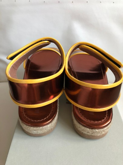 Marni Leather Flat Classic Gold brown/Yellow Sandals Image 1