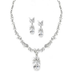 Glamorous Royal Crystal Pear Drop Jewelry Set