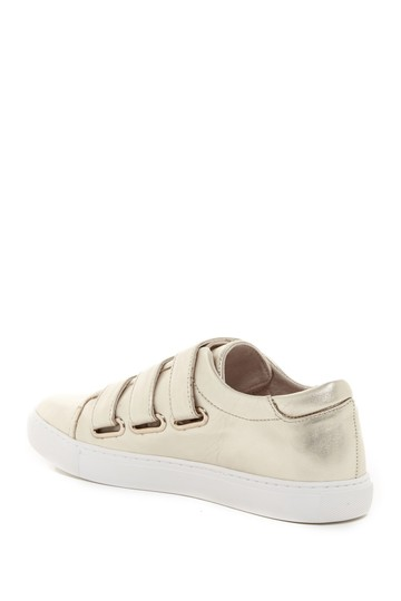 Kenneth Cole Sneaker Fashion Comfortable Straps Gold Athletic Image 1