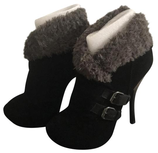 Halston black with gray fur Boots
