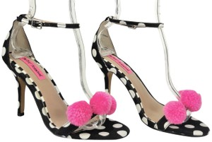 Betsey Johnson Black, White & Pink Sandals
