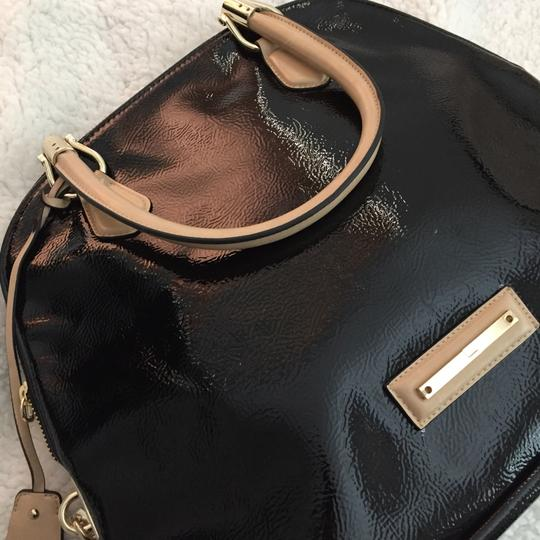 The Limited Satchel in black Image 1