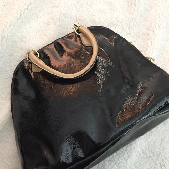 The Limited Satchel in black Image 2