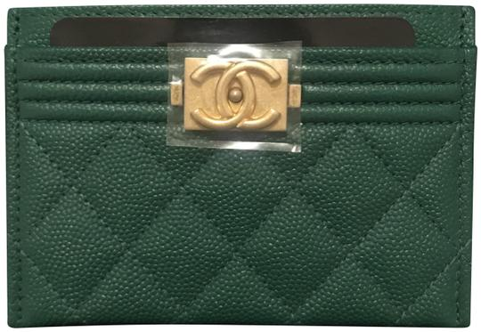 Preload https://img-static.tradesy.com/item/23169025/chanel-green-boy-le-credit-card-case-pouch-holder-wallet-0-2-540-540.jpg