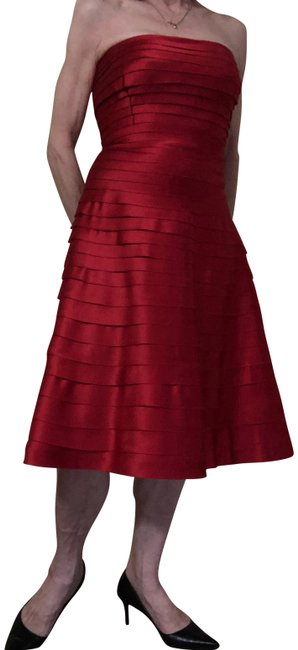Item - Red Mid-length Night Out Dress Size 8 (M)