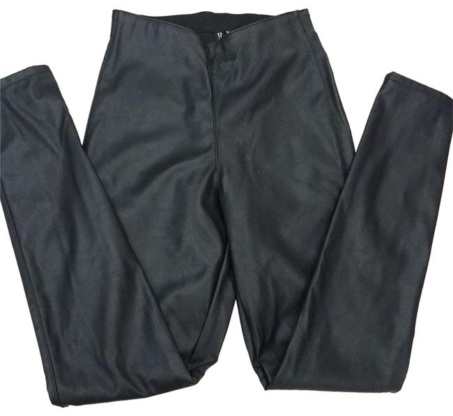 Preload https://img-static.tradesy.com/item/23169744/h-and-m-divided-pleather-vegan-leather-fits-more-2-4-pants-size-6-s-28-0-1-650-650.jpg