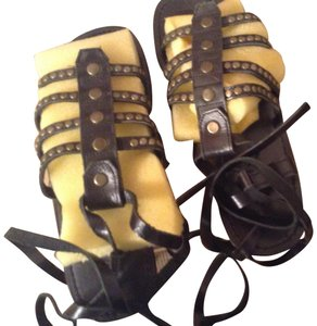 Mystique Boutique Black Sandals