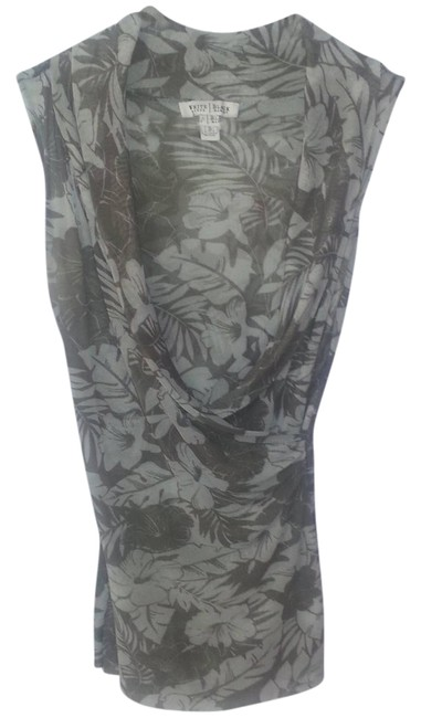 Preload https://item4.tradesy.com/images/olive-green-tropical-print-sleeveless-blouse-size-12-l-2317118-0-0.jpg?width=400&height=650