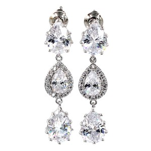 Oxford Circus Fashion Silver Shining pendant crystal earrings