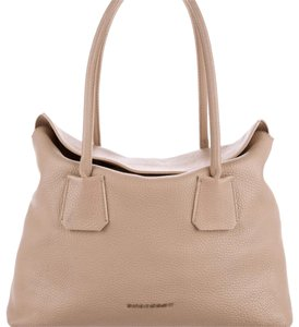 Burberry Tote in Champagne