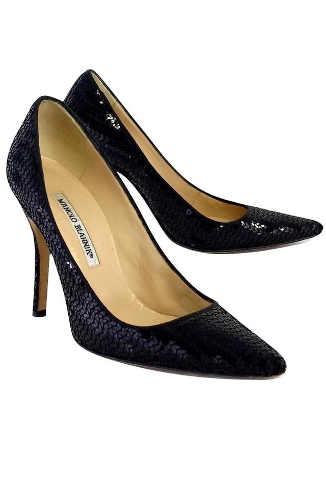 ebef94aa79d0 Manolo Blahnik Black Pumps Size US 8.5 Regular (M